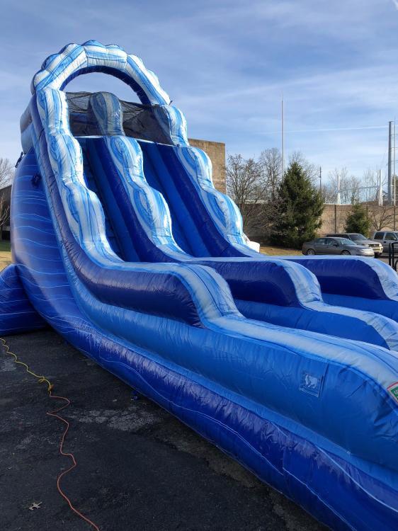 18' Wave Slide